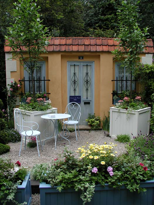 Garden supplies international design awards for French style courtyard ideas