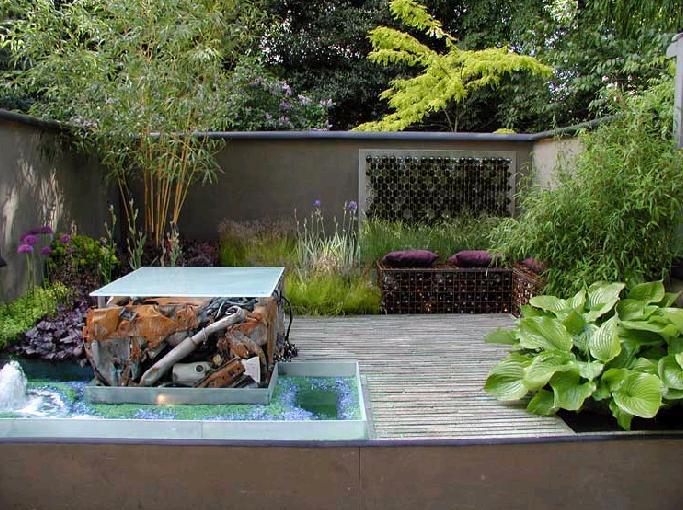 Great Simons Garden With Va Va Voom.JPG Designer: ...