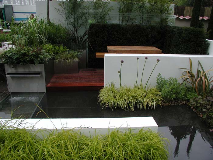 Garden supplies international design awards page 2 for Contemporary gardens