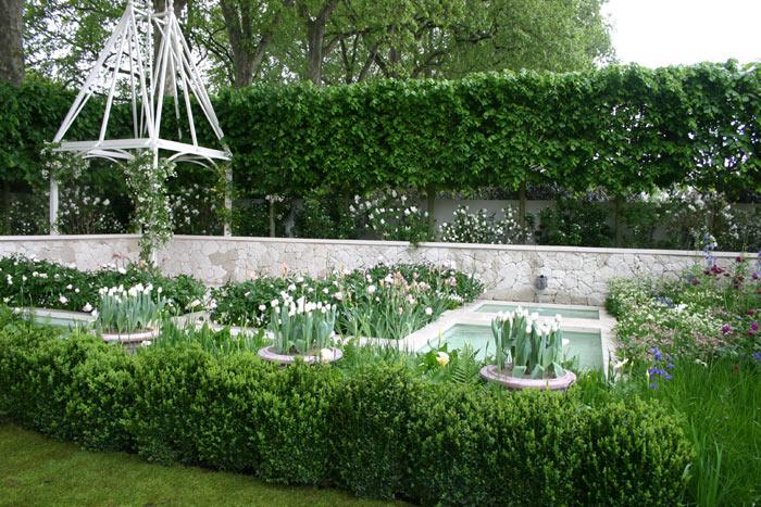 This is a romantic contemporary French themed garden, exploring garden ...
