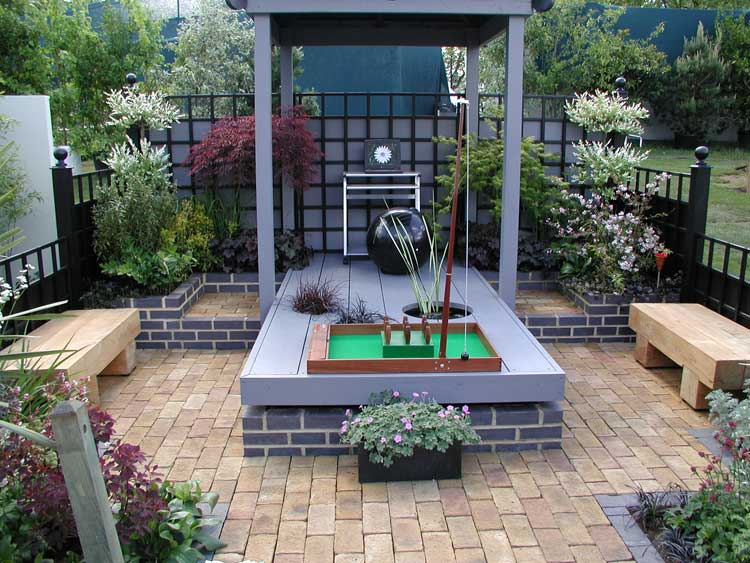 Rhs chelsea flower show awards 2005 international design for Stunning garden designs