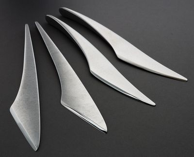 arc-cheese-knife-serving-blade-oliver-smith2.jpg