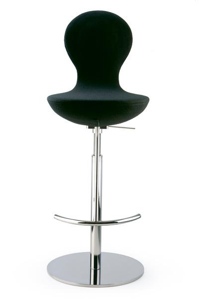 bar stool.jpg2