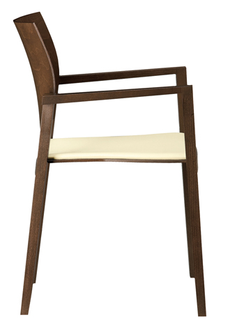 Wooden Chair.1jpg